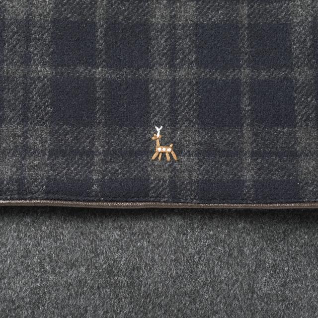 鹿の家族ウール 旅バッグ小