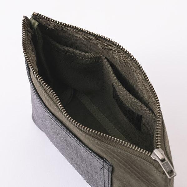 帆布のポケットポーチ