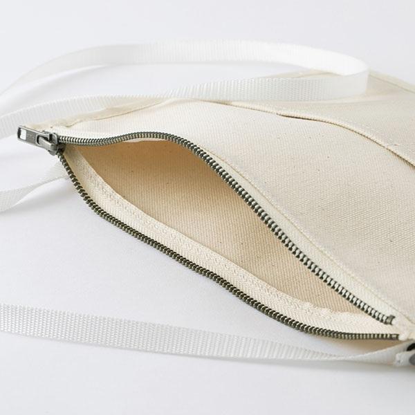 倉敷帆布のサコッシュポーチ