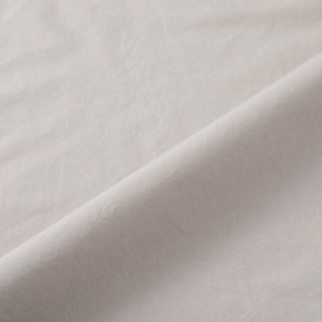 鹿の刺繍シャツ