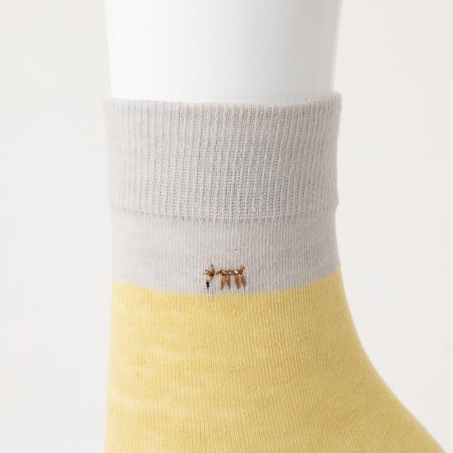 鹿のお母さん 綿麻靴下