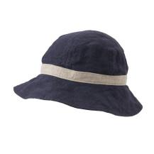 風が通るリネンの帽子