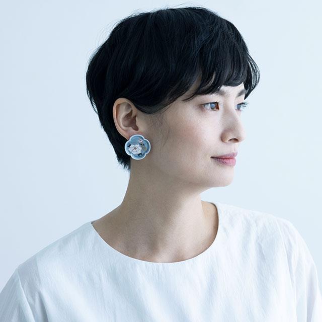YURAI 絵付 牡丹イヤリング - BLUEGRAY