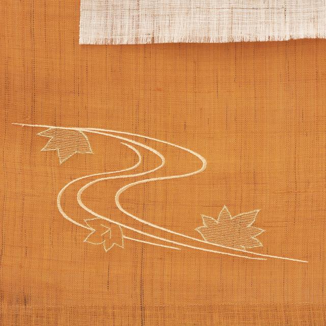 刺繍タペストリー 紅葉