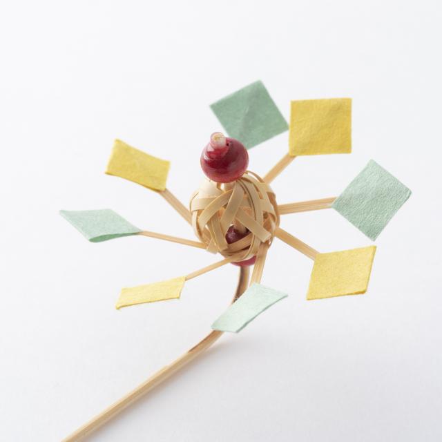 和紙と竹で作った手持ち鯉のぼり