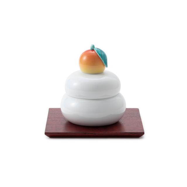 鍋島焼の鏡餅飾り 中