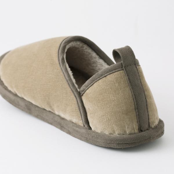 発熱綿の室内履き