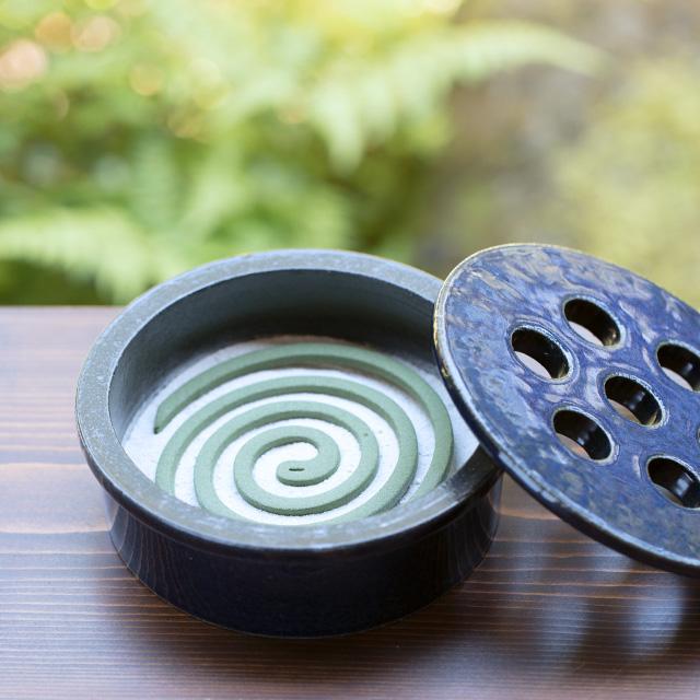 信楽焼の線香鉢