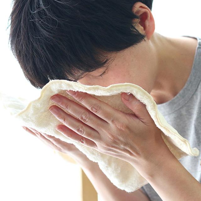お顔の蒸しタオル