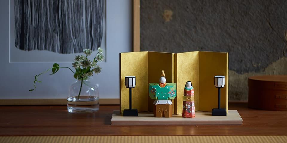 奈良一刀彫の雛飾り 立雛 雪洞・屏風付