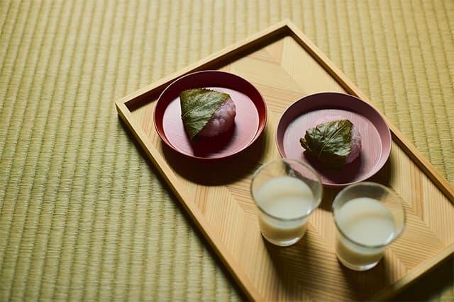 桜餅と白酒