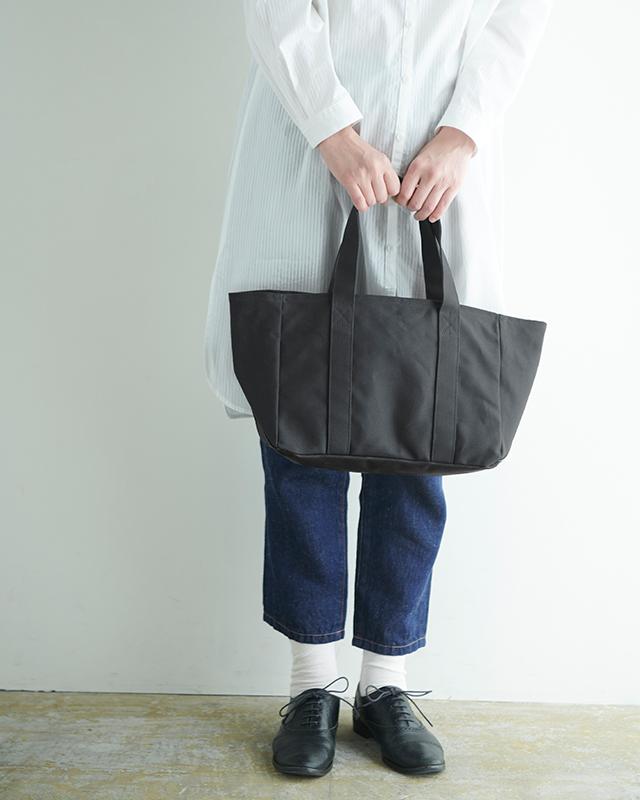 先染帆布で作った動く仕切りのトートバッグ サイズ:小 カラー:キャメル